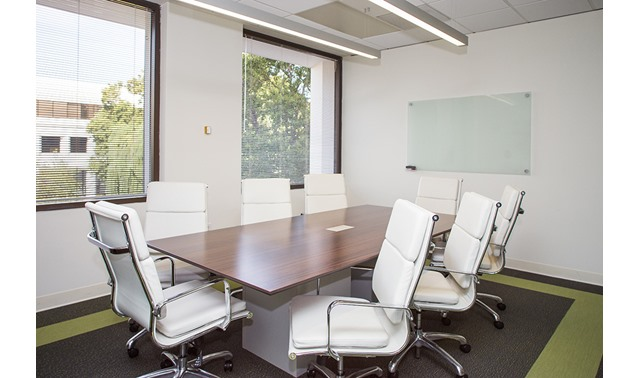 Medium Conference Room - SILICON VALLEY CENTER