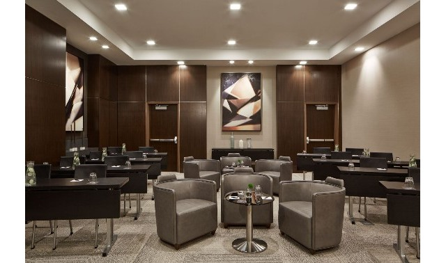 Hennepin Room In Minneapolis Ac Hotel Minneapolis
