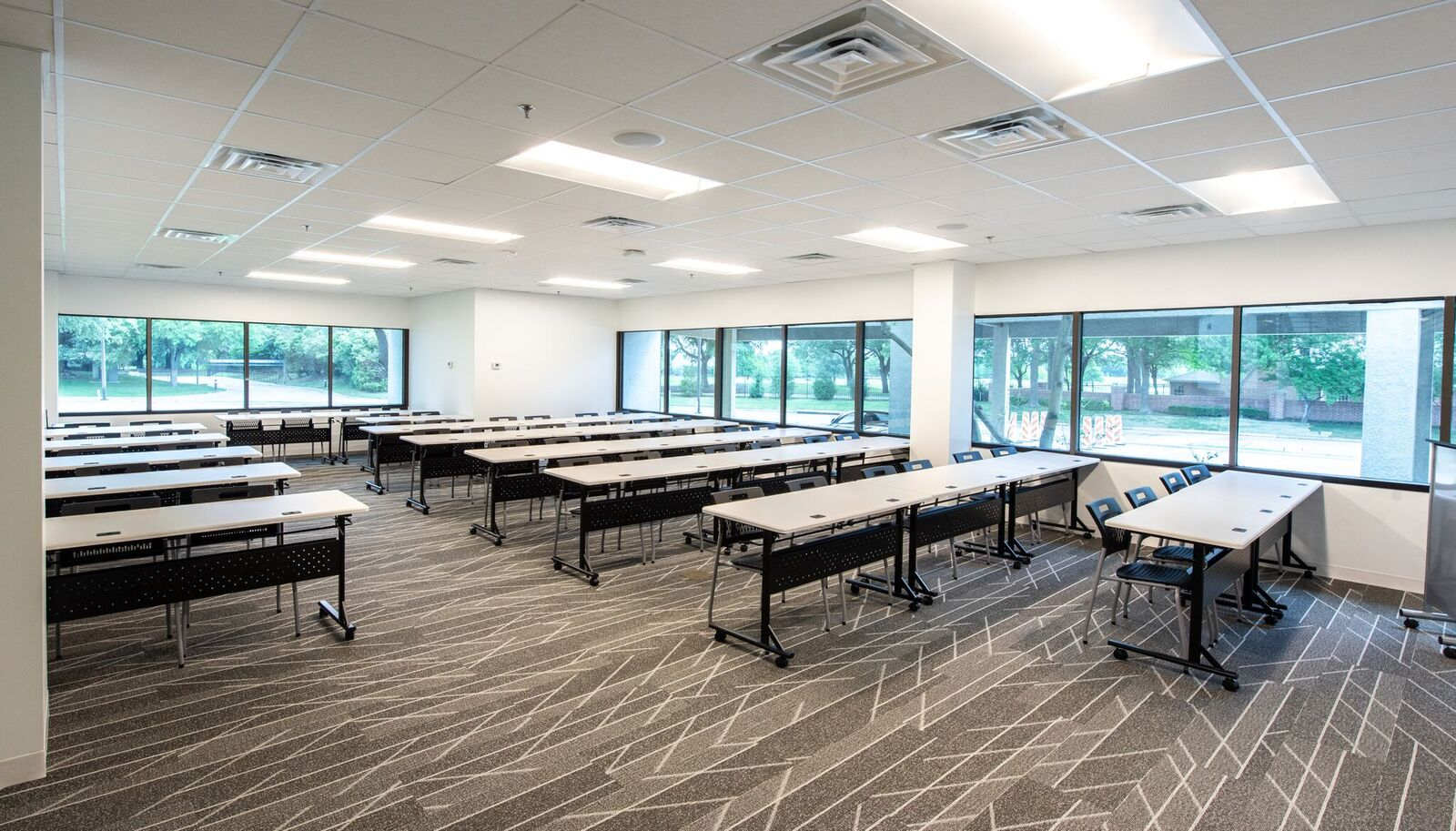 Conference/Training Room - Davinci Meeting & Workspaces