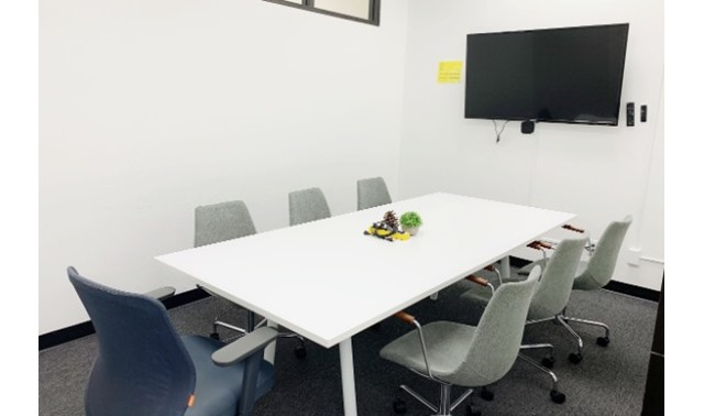 Conference Room for 7 in Palo Alto - OnePiece Work Palo Alto