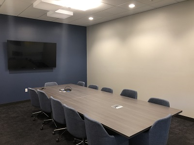 Four Peaks Room - Davinci Meeting & Workspaces