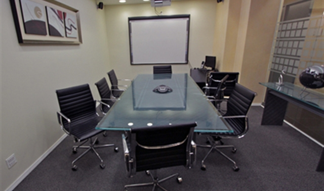 2nd Floor Conference Room In New York Jay Suites Grand