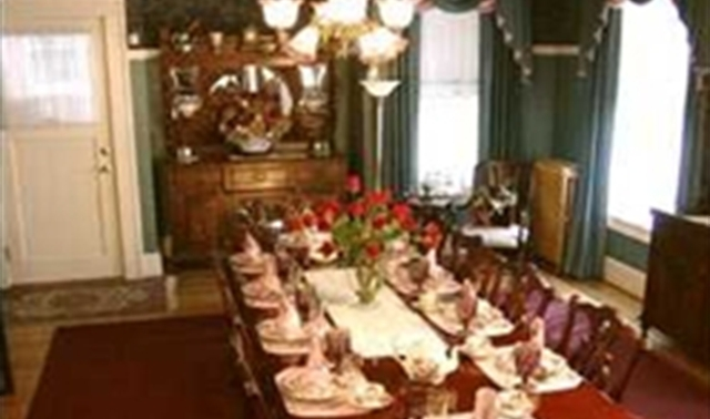 Full Event Venue In Portland Lion And The Rose Victorian