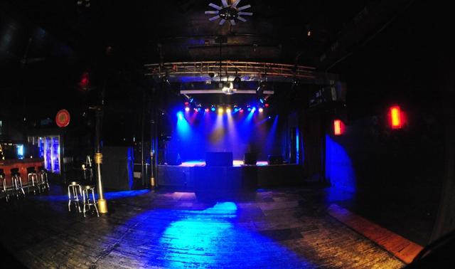 Legendary Stage In Chicago Double Door Evenues Com