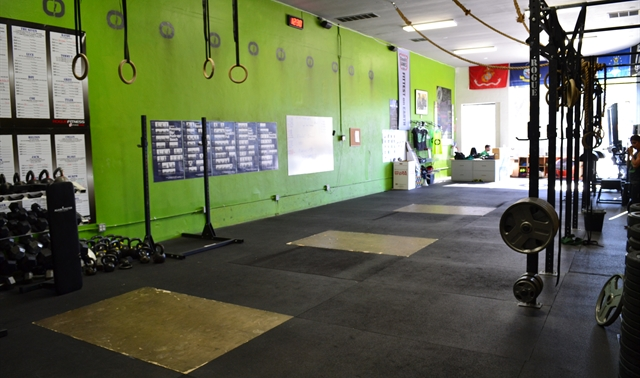 main room in los angeles  cave crossfit