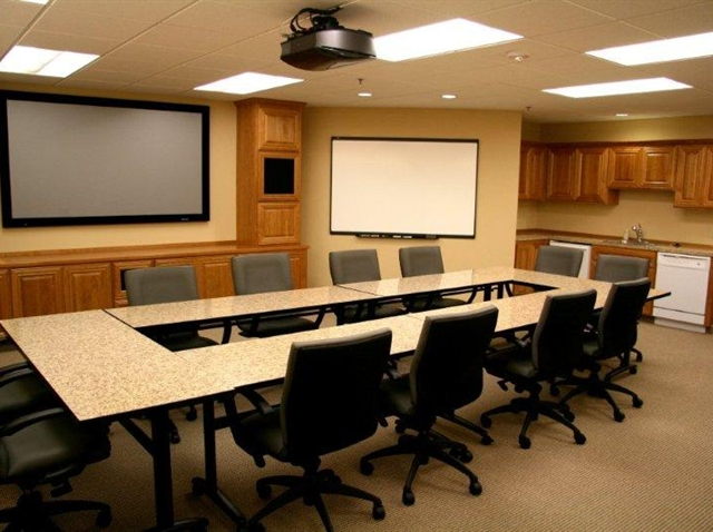 Large Training Room - Meadows Executive Office Suites