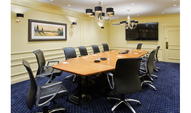 Cambridge Boardroom - Crowne Plaza Portland Downtown/Convention Center