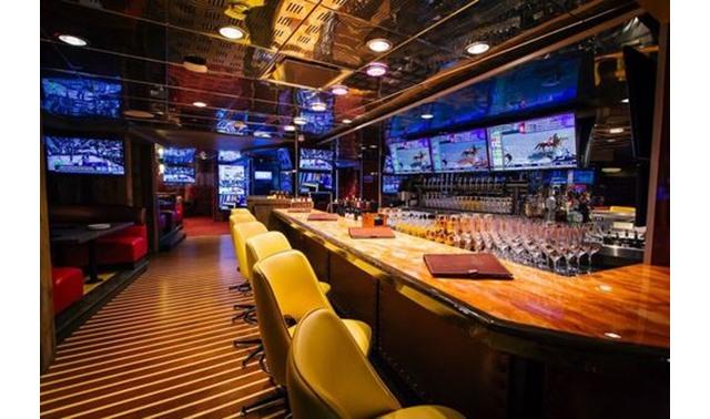 Turf Club Lounge In San Diego Striders San Diego