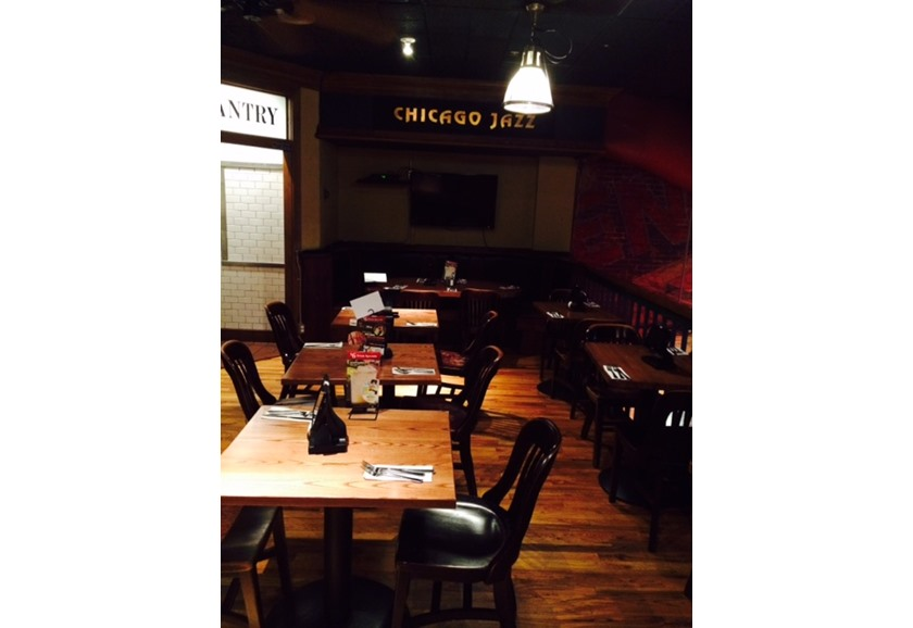Function Room - UNO Pizzeria & Grill