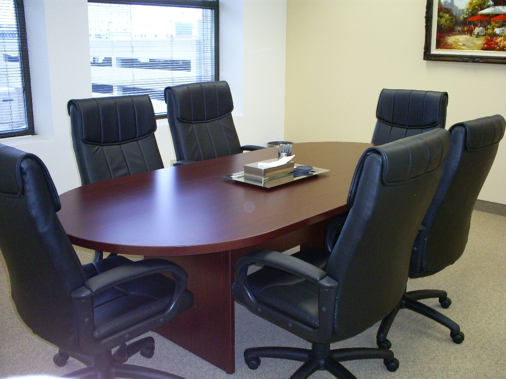 Small Conference Room 2 In Minneapolis Davinci Meeting