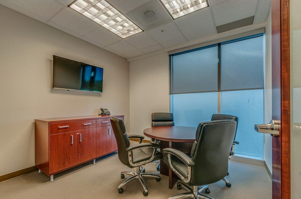 Small Meeting Room 321 - Davinci Meeting & Workspaces